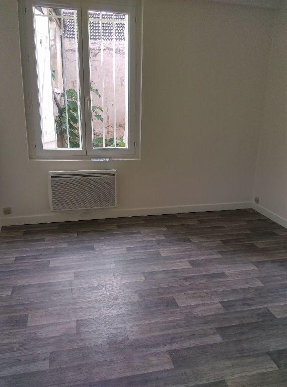 Appartement à louer 2 48.72m2 à La Ferté-sous-Jouarre vignette-2
