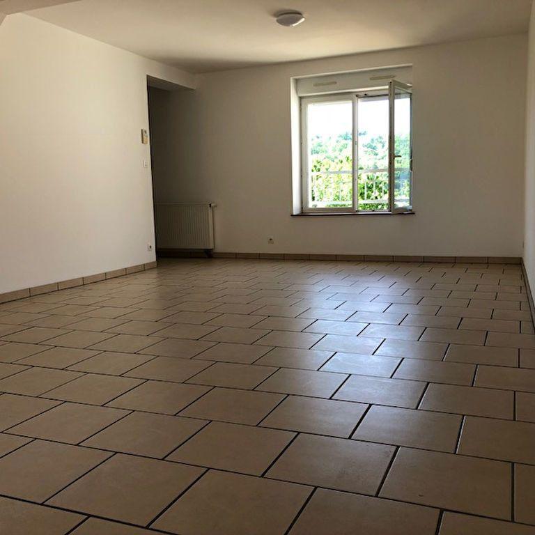 Appartement à louer 3 60m2 à Orly-sur-Morin vignette-3