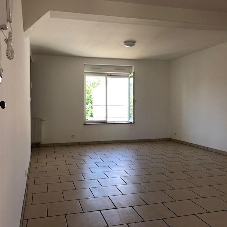 Appartement à louer 3 60m2 à Orly-sur-Morin vignette-5