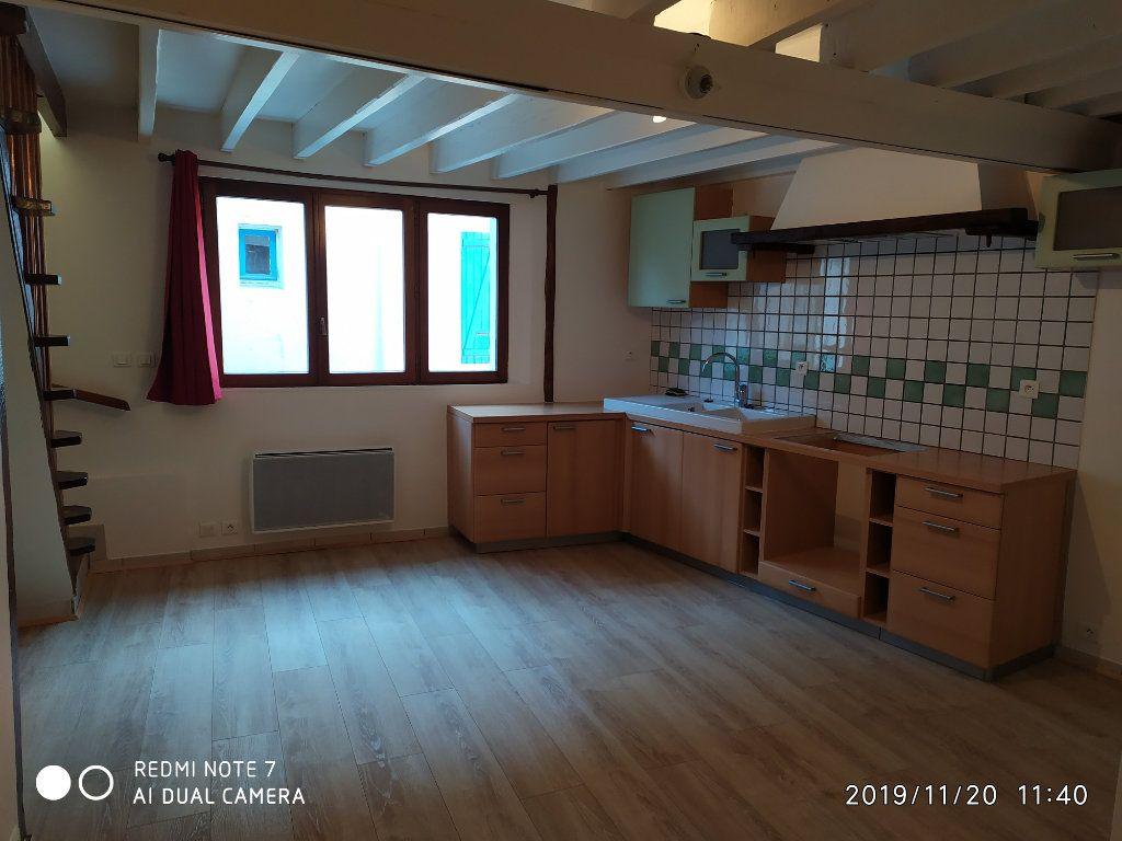Maison à louer 2 36m2 à Nanteuil-sur-Marne vignette-1