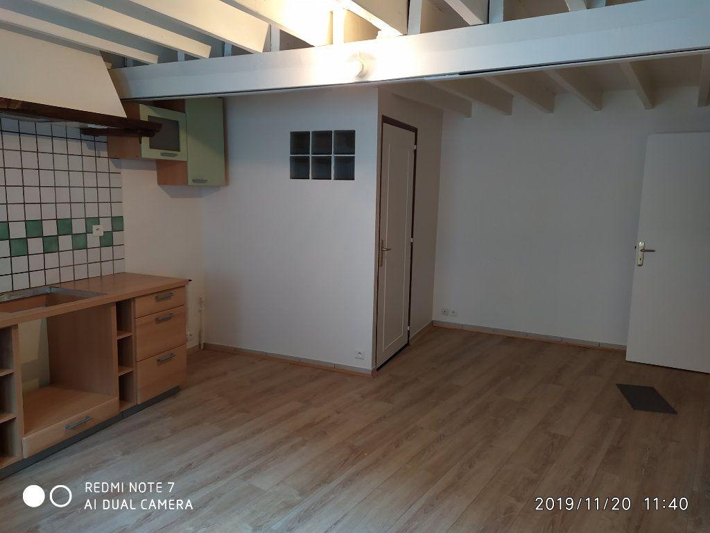 Maison à louer 2 36m2 à Nanteuil-sur-Marne vignette-2