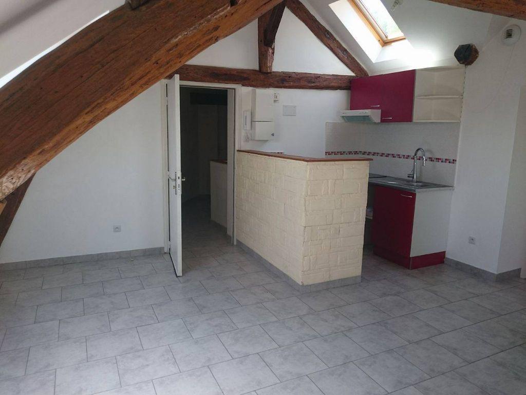 Appartement à louer 3 45.45m2 à Nanteuil-sur-Marne vignette-1