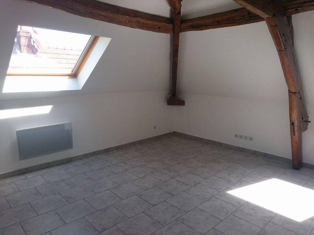 Appartement à louer 3 45.45m2 à Nanteuil-sur-Marne vignette-3