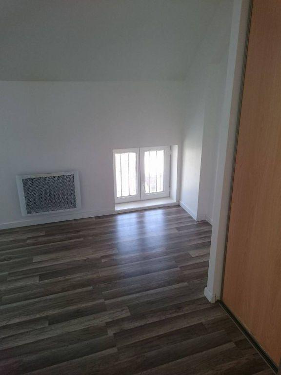Appartement à louer 3 45.45m2 à Nanteuil-sur-Marne vignette-5