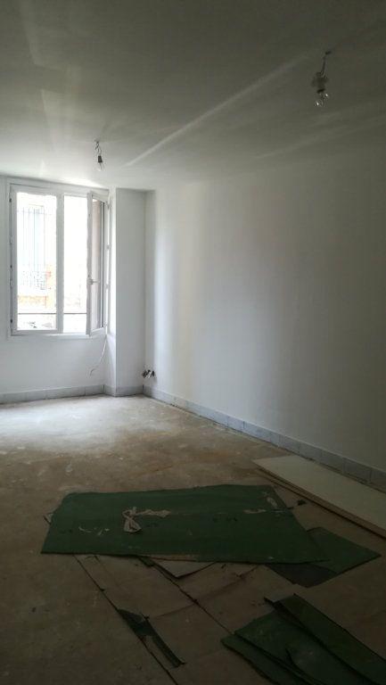 Appartement à louer 1 37.33m2 à La Ferté-sous-Jouarre vignette-3