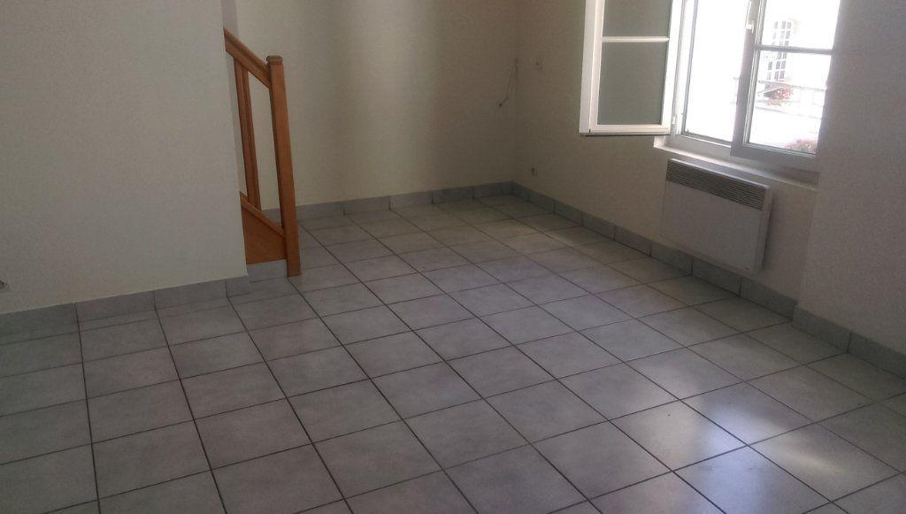 Appartement à louer 3 49.07m2 à Jouarre vignette-3