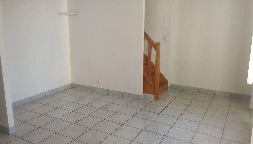 Appartement à louer 3 49.07m2 à Jouarre vignette-4