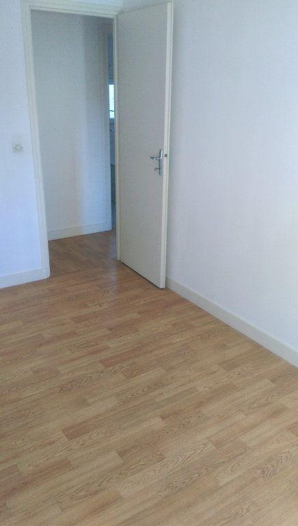 Appartement à louer 3 49.07m2 à Jouarre vignette-8