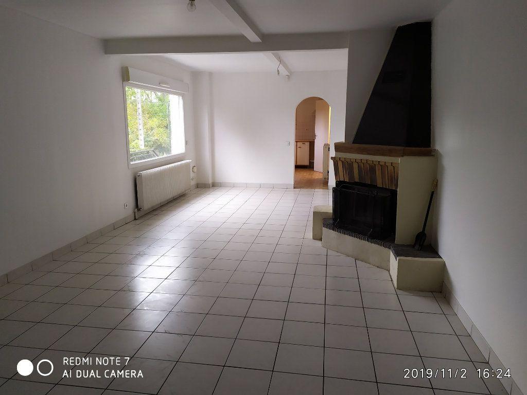 Maison à louer 3 95m2 à Méry-sur-Marne vignette-1