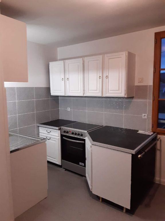 Appartement à louer 3 43.84m2 à La Ferté-sous-Jouarre vignette-1