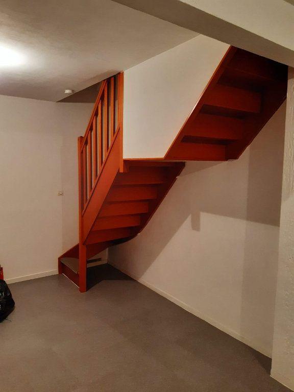 Appartement à louer 3 43.84m2 à La Ferté-sous-Jouarre vignette-6