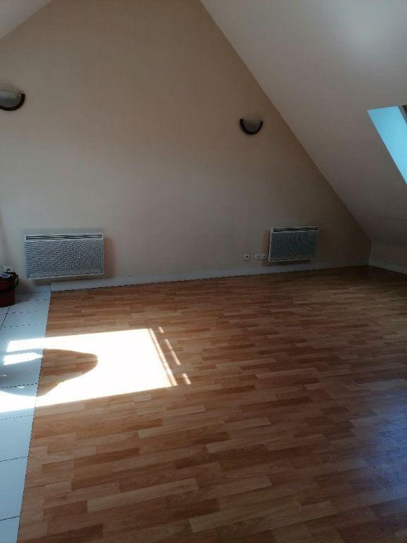 Appartement à louer 1 24.58m2 à La Ferté-sous-Jouarre vignette-2