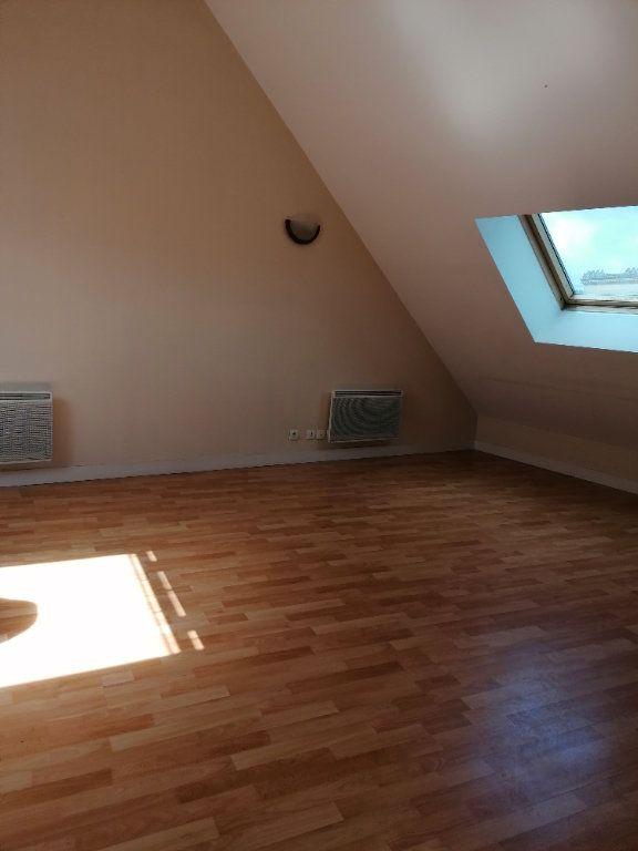 Appartement à louer 1 24.58m2 à La Ferté-sous-Jouarre vignette-5