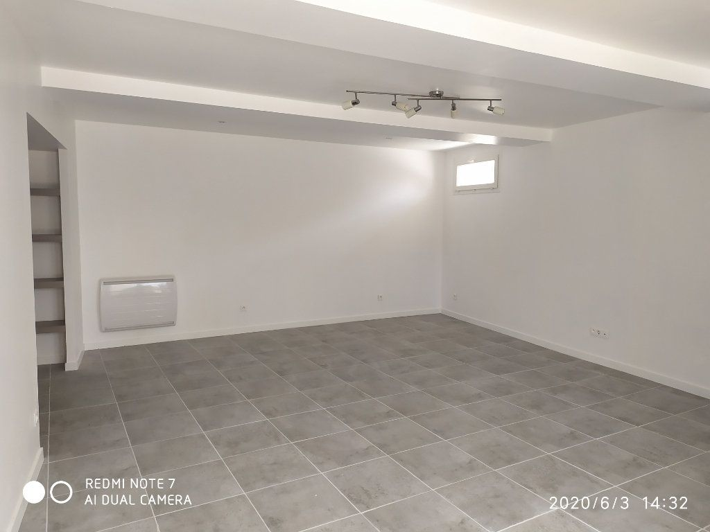 Appartement à louer 3 75.32m2 à Méry-sur-Marne vignette-2