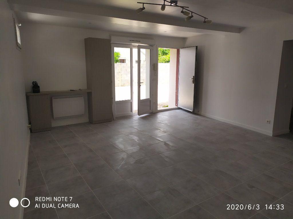Appartement à louer 3 75.32m2 à Méry-sur-Marne vignette-3