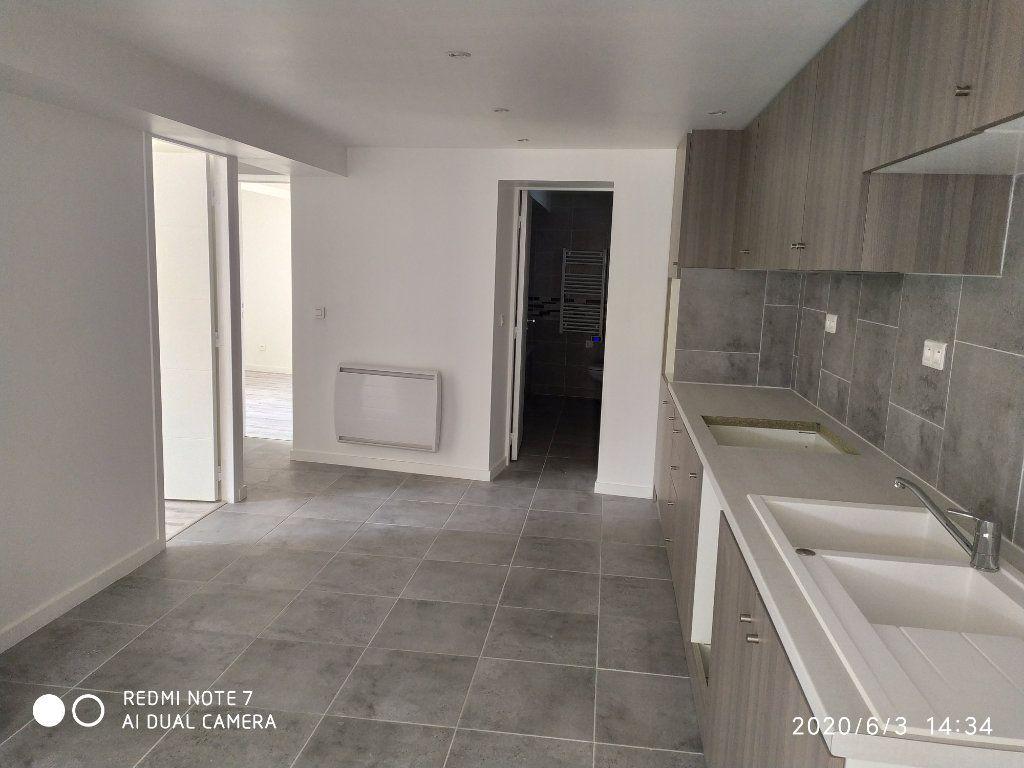 Appartement à louer 3 75.32m2 à Méry-sur-Marne vignette-5