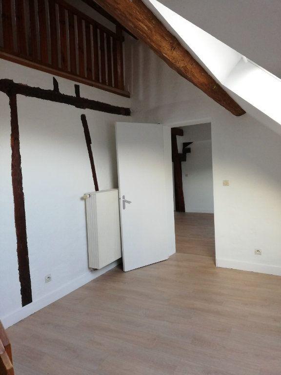 Appartement à louer 4 77.63m2 à La Ferté-sous-Jouarre vignette-1