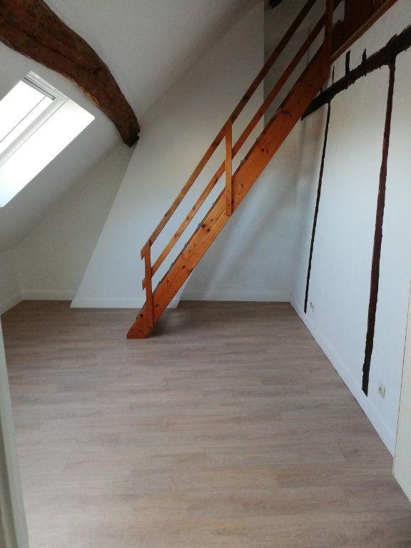 Appartement à louer 4 77.63m2 à La Ferté-sous-Jouarre vignette-2