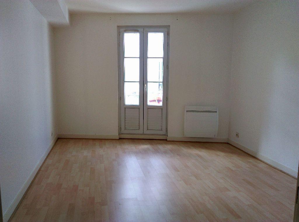 Appartement à louer 3 56.55m2 à Jouarre vignette-3