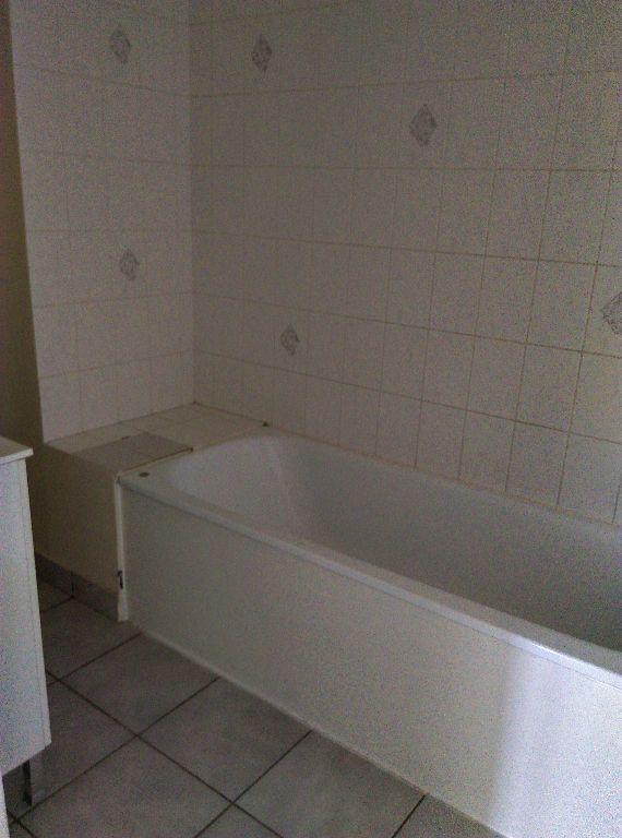 Appartement à louer 3 56.55m2 à Jouarre vignette-5