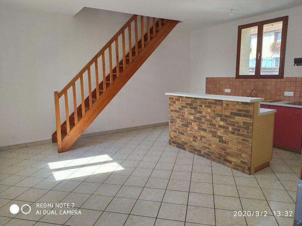 Appartement à louer 2 45.57m2 à Crouttes-sur-Marne vignette-3