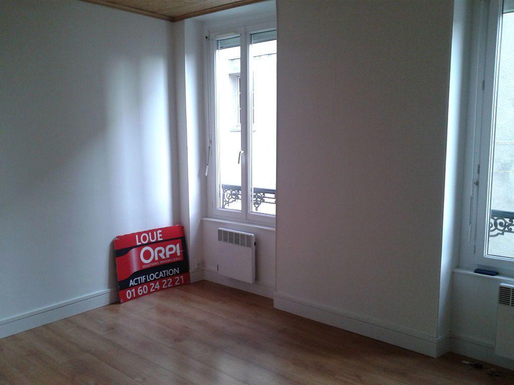 Appartement à louer 2 30.88m2 à La Ferté-sous-Jouarre vignette-2