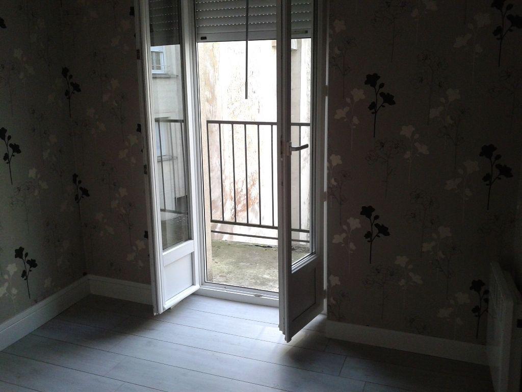 Appartement à louer 2 30.88m2 à La Ferté-sous-Jouarre vignette-4