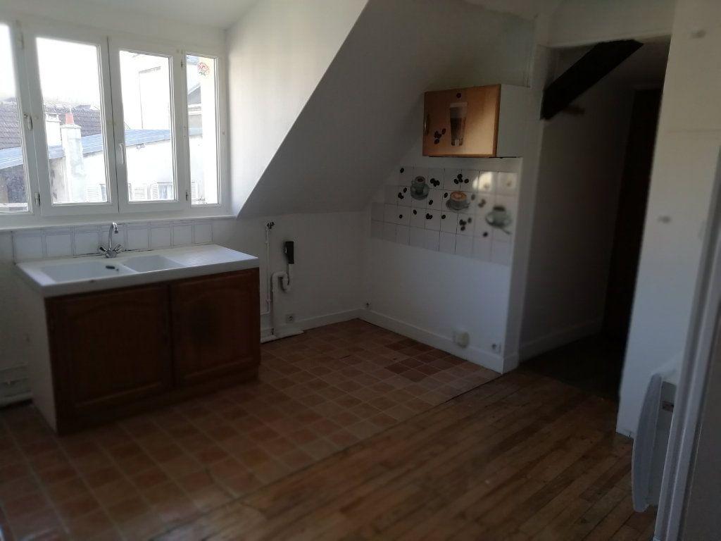 Appartement à louer 2 45.1m2 à La Ferté-sous-Jouarre vignette-2