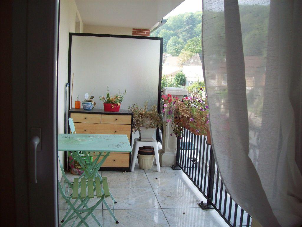 Appartement à louer 2 55m2 à La Ferté-sous-Jouarre vignette-4