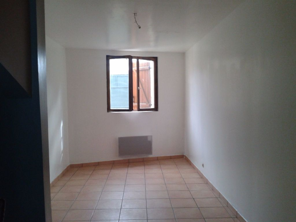 Appartement à louer 3 58.68m2 à Charly-sur-Marne vignette-3