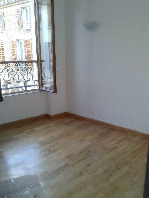 Appartement à louer 3 53m2 à La Ferté-sous-Jouarre vignette-2