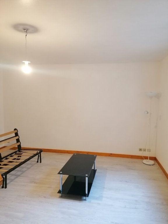 Appartement à louer 1 27.62m2 à La Ferté-sous-Jouarre vignette-5