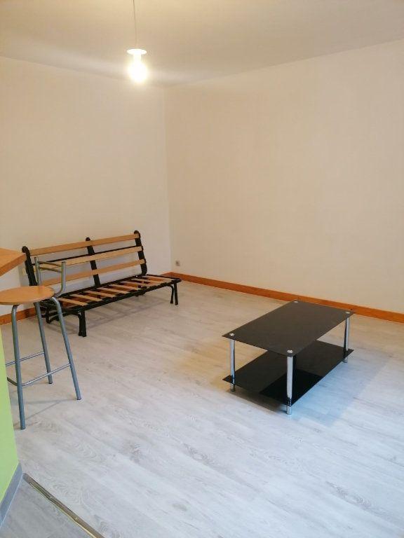 Appartement à louer 1 27.62m2 à La Ferté-sous-Jouarre vignette-6