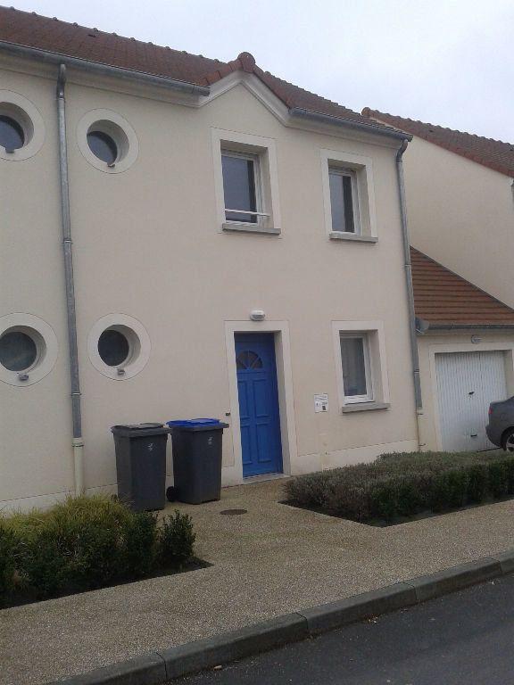 Maison à louer 4 80m2 à La Ferté-sous-Jouarre vignette-1