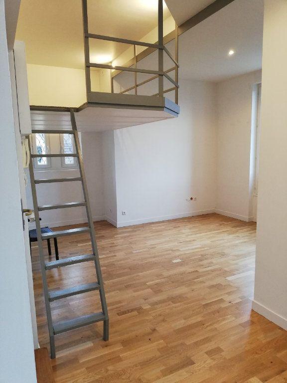 Appartement à louer 1 27.88m2 à La Ferté-sous-Jouarre vignette-2