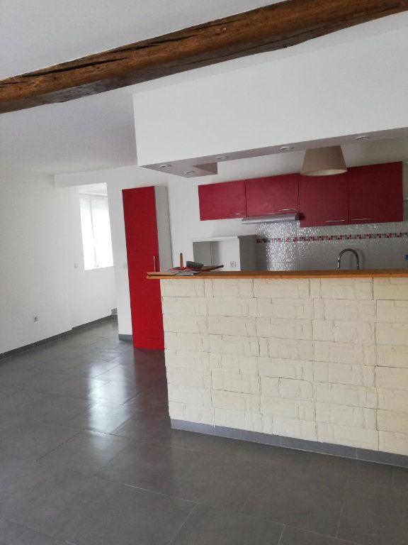 Appartement à louer 2 45m2 à Nanteuil-sur-Marne vignette-1