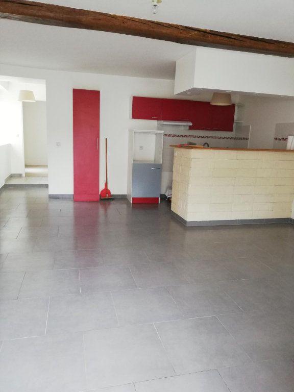 Appartement à louer 2 45m2 à Nanteuil-sur-Marne vignette-2