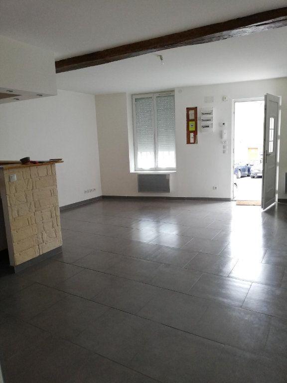Appartement à louer 2 45m2 à Nanteuil-sur-Marne vignette-3
