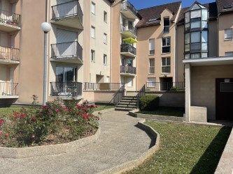 Appartement à louer 1 27m2 à La Ferté-sous-Jouarre vignette-2