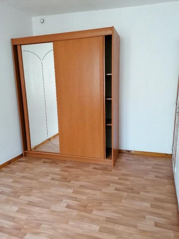 Appartement à louer 3 49.81m2 à La Ferté-sous-Jouarre vignette-5
