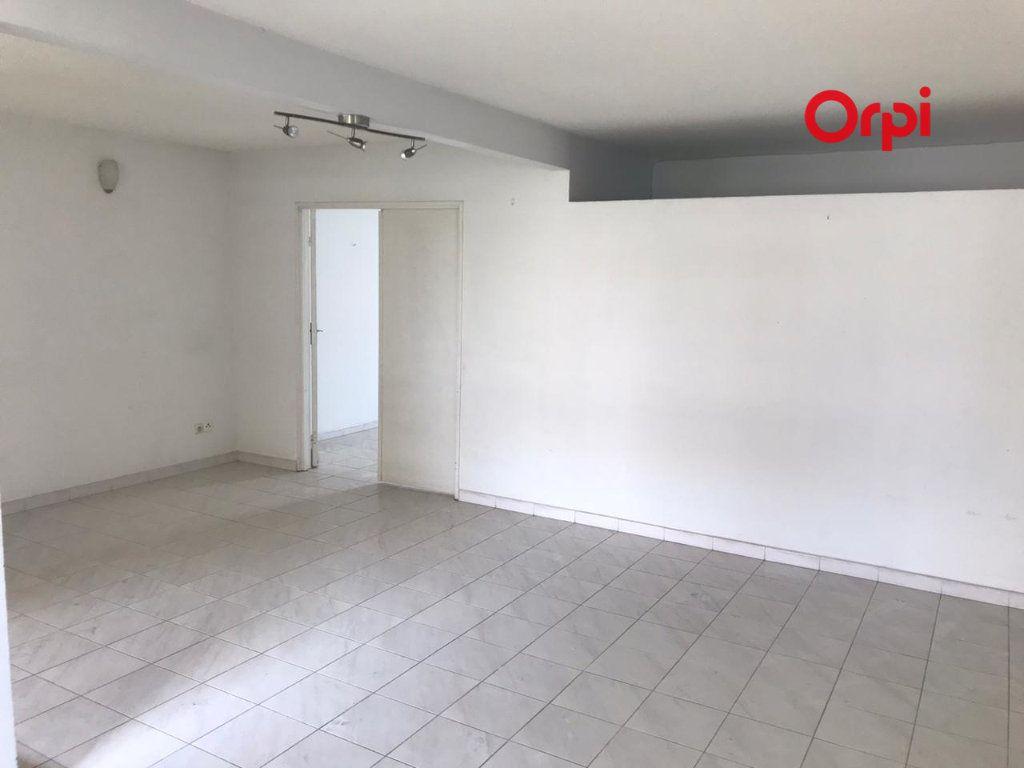 Appartement à vendre 4 84m2 à Le Robert vignette-3