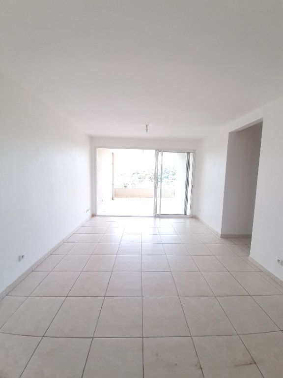 Appartement à vendre 3 64.88m2 à Ducos vignette-4