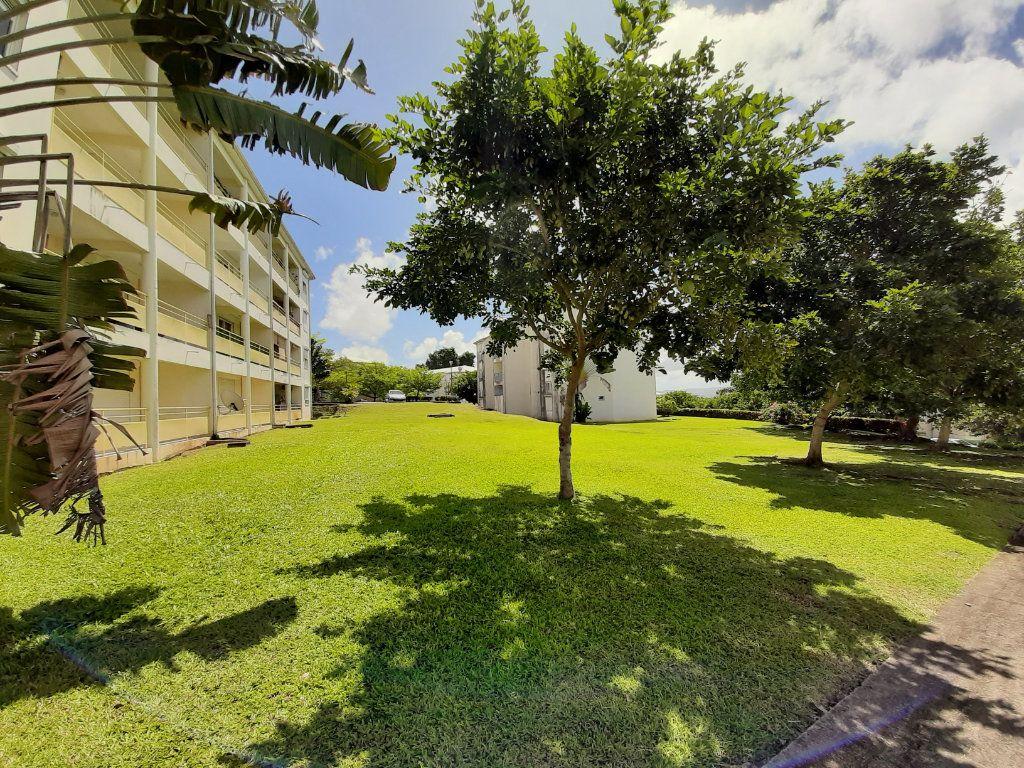 Appartement à vendre 2 38.13m2 à Le Lamentin vignette-5