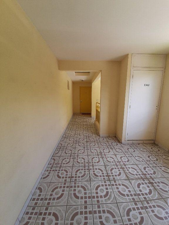 Appartement à vendre 2 38.13m2 à Le Lamentin vignette-10