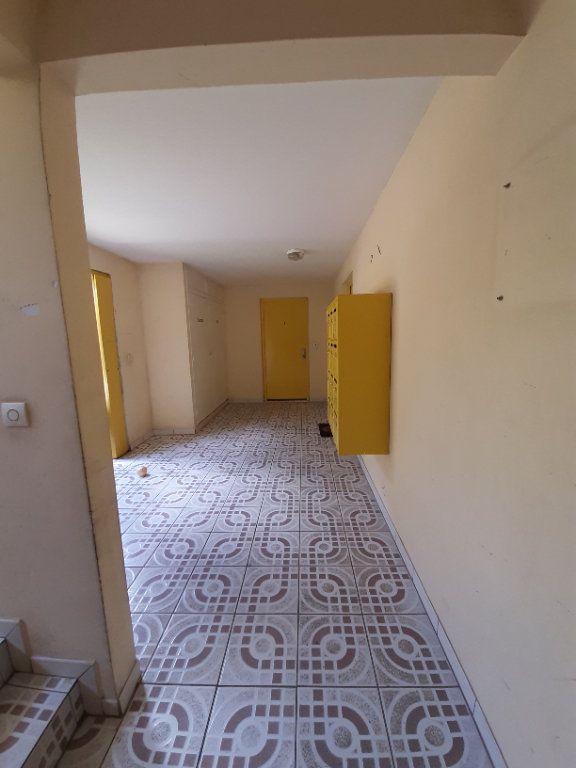 Appartement à vendre 2 38.13m2 à Le Lamentin vignette-12