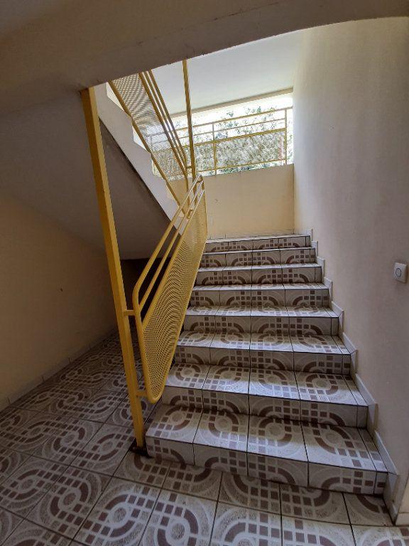 Appartement à vendre 2 38.13m2 à Le Lamentin vignette-13