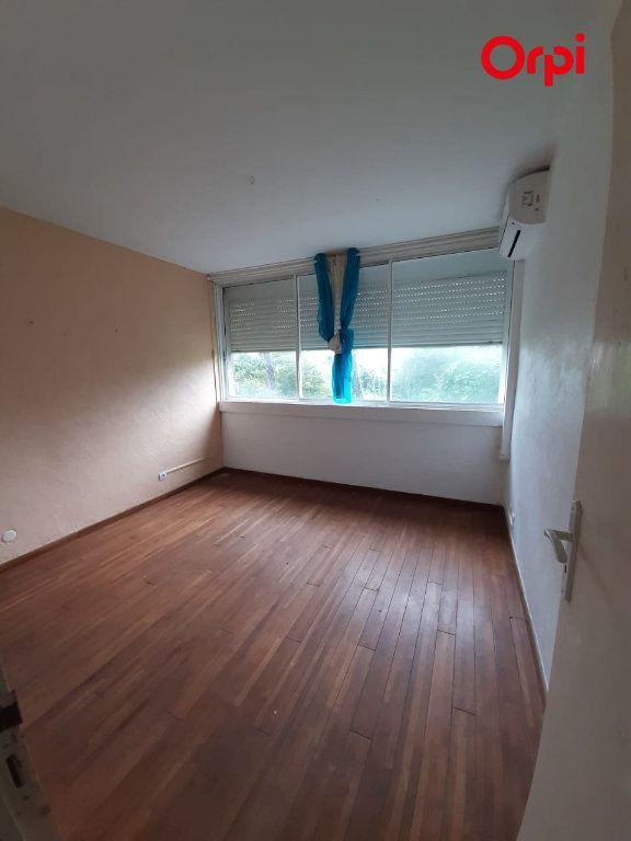 Appartement à vendre 4 131m2 à Fort-de-France vignette-4