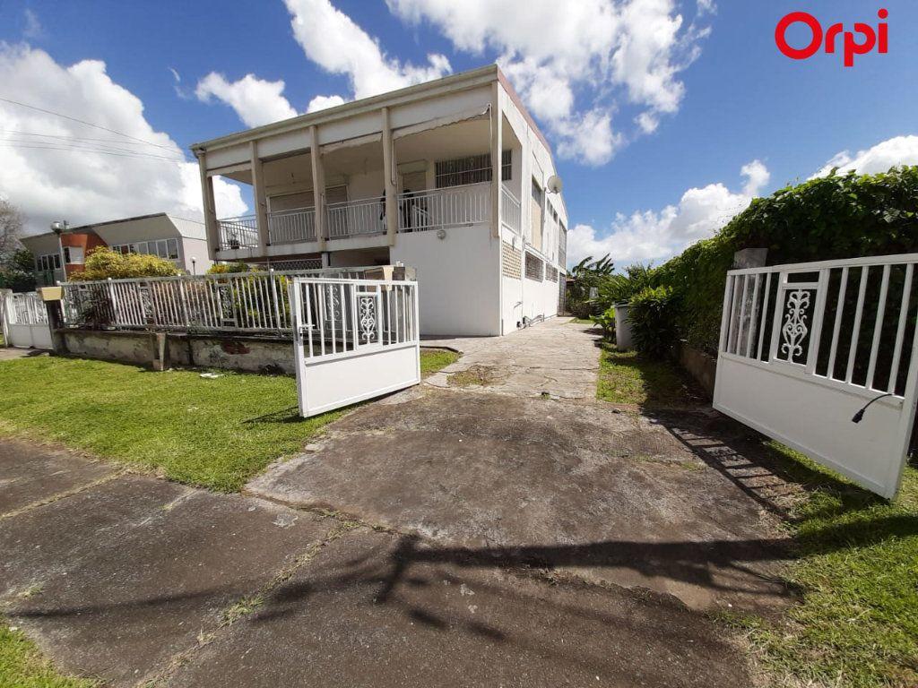 Maison à vendre 8 181m2 à Fort-de-France vignette-7