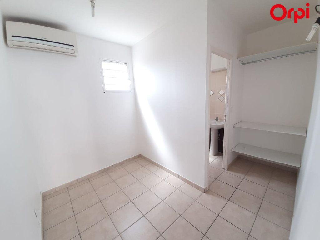 Appartement à vendre 1 23.98m2 à Le Vauclin vignette-1