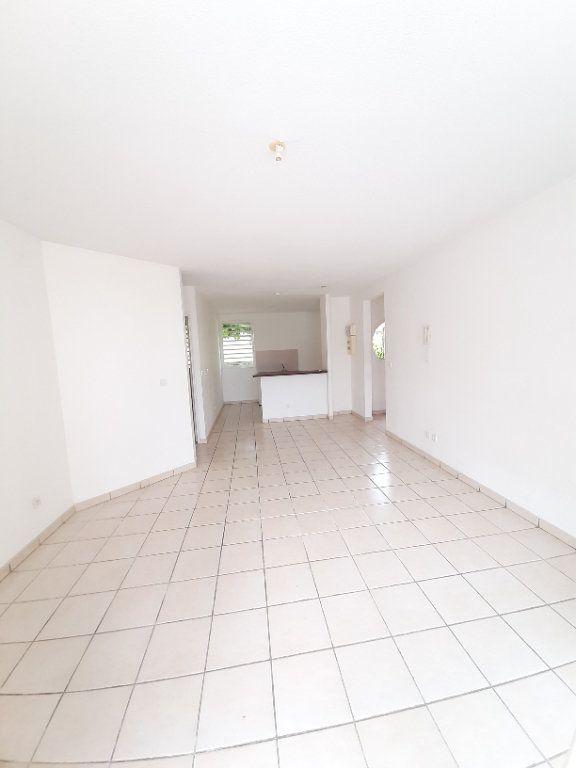 Appartement à vendre 3 59.84m2 à Le Robert vignette-2
